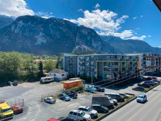 """Photo 1: 406 38142 CLEVELAND Avenue in Squamish: Downtown SQ Condo for sale in """"CLEVELAND COURTYARD"""" : MLS®# R2581310"""