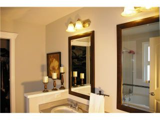 """Photo 6: 19485 THORBURN Way in Pitt Meadows: South Meadows House for sale in """"RIVERS EDGE"""" : MLS®# V991085"""