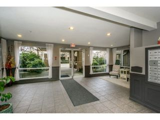 """Photo 18: 424 2551 PARKVIEW Lane in Port Coquitlam: Central Pt Coquitlam Condo for sale in """"THE CRESCENT"""" : MLS®# R2228836"""