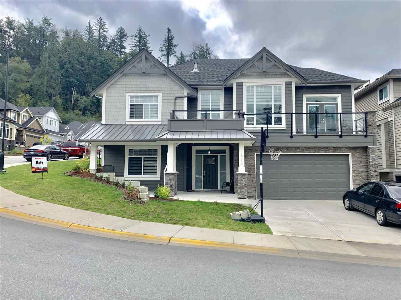 Main Photo: 33968 McPhee in Mission: House for sale : MLS®# R2405907