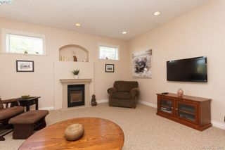 Photo 4: SIDNEY TOWNHOME FOR SALE: 2 BEDROOMS + 2 BATHROOMS = SIDNEY REAL ESTATE FOR SALE.