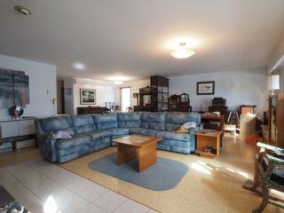Photo 2: 68151 Road 34 W in Portage la Prairie RM: House for sale : MLS®# 202107756