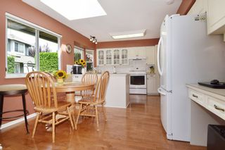"""Photo 6: 6139 W BOUNDARY Drive in Surrey: Panorama Ridge Townhouse for sale in """"LAKEWOOD GARDENS"""" : MLS®# F1448168"""