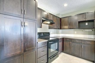 Photo 11: 188 Country Village Manor NE in Calgary: Country Hills Village Row/Townhouse for sale : MLS®# A1116900