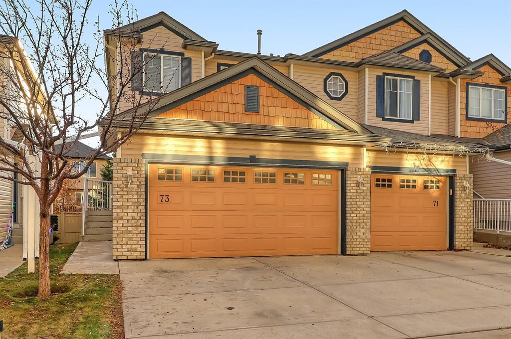 Main Photo: 73 Citadel Estates Manor NW in Calgary: Citadel Row/Townhouse for sale : MLS®# A1047176