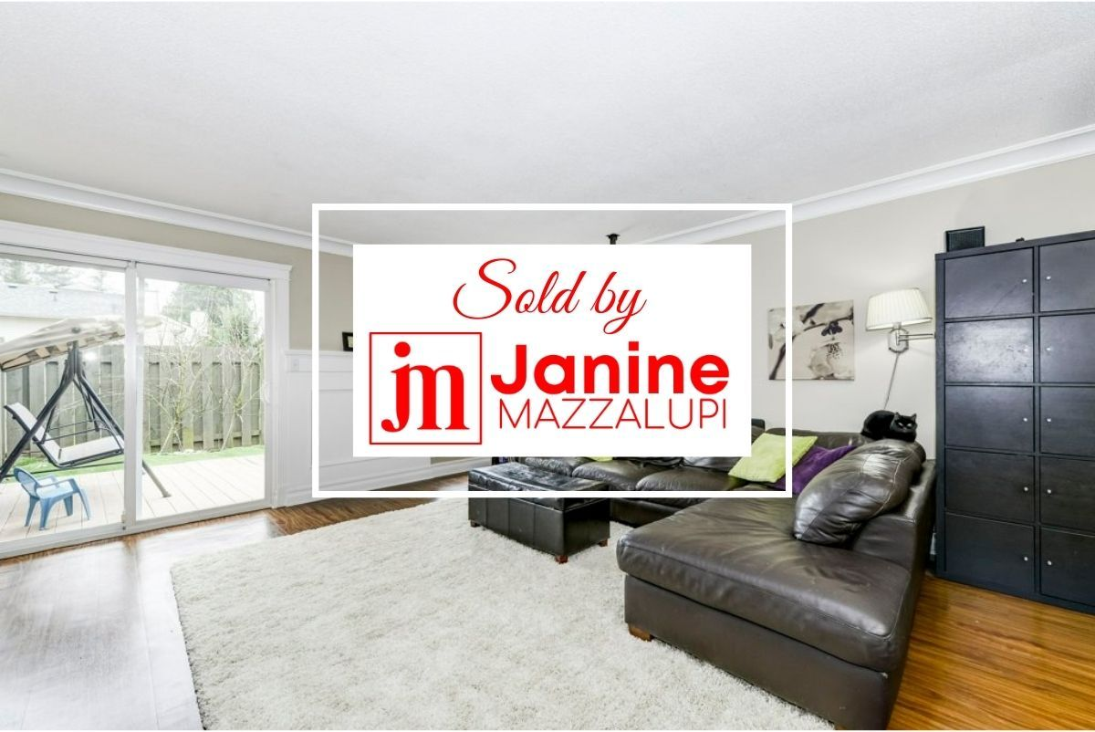 """Main Photo: 160 32550 MACLURE Road in Abbotsford: Abbotsford West Townhouse for sale in """"Clearbrook Village"""" : MLS®# R2334989"""