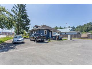 Photo 2: 34595 2ND Avenue in Abbotsford: Poplar House for sale : MLS®# R2174940