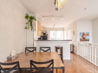 """Photo 6: 318 678 W 7TH Avenue in Vancouver: Fairview VW Townhouse for sale in """"LIBERTE"""" (Vancouver West)  : MLS®# R2575214"""