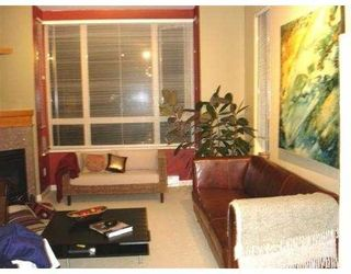 """Photo 1: 418 580 RAVENWOODS DR in North Vancouver: Indian River Condo for sale in """"SEASONS"""" : MLS®# V548722"""