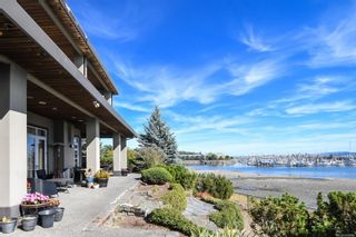 Main Photo: 155 Willow Way in : CV Comox (Town of) House for sale (Comox Valley)  : MLS®# 887289