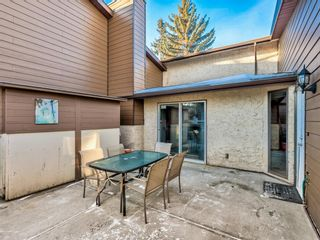 Photo 4: 115 5404 10 Avenue SE in Calgary: Penbrooke Meadows Row/Townhouse for sale : MLS®# A1112047