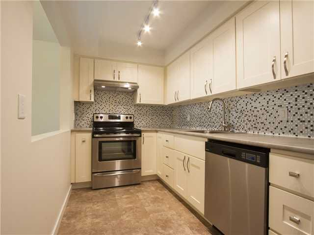 Main Photo: 210 5335 HASTINGS STREET in : Capitol Hill BN Residential Attached for sale : MLS®# V1117682
