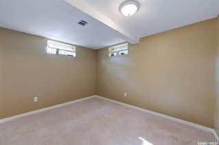 Photo 38: 1033 9th Street East in Saskatoon: Varsity View Residential for sale : MLS®# SK871869