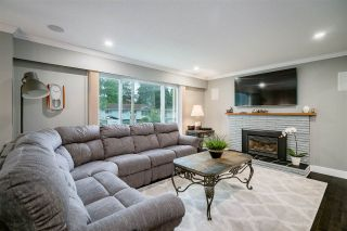 Photo 3: 3055 LARCH Way in Port Coquitlam: Birchland Manor House for sale : MLS®# R2371796