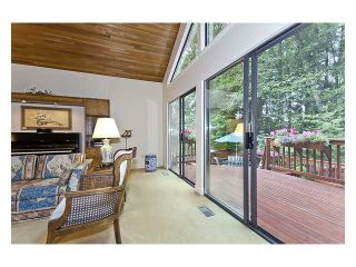 Photo 8: 5527 HUCKLEBERRY LN in North Vancouver: Grouse Woods House for sale : MLS®# V910533