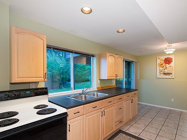 Photo 14: Photos: 2651 Granite CT in Coquitlam: Westwood Plateau House for sale : MLS®# V1091713