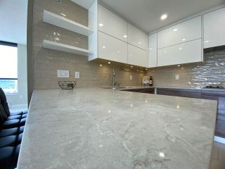 """Photo 5: 2505 2982 BURLINGTON Drive in Coquitlam: North Coquitlam Condo for sale in """"EDGEMONT by BOSA"""" : MLS®# R2588235"""