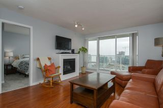 "Photo 7: 1707 39 SIXTH Street in New Westminster: Downtown NW Condo for sale in ""QUANTUM"" : MLS®# R2262305"