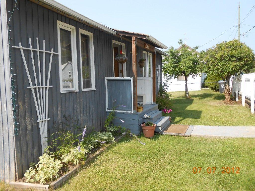 Main Photo: 1066 Hillside Avenue: Chase House for sale (Kamloops East)  : MLS®# 111106