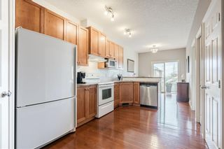 Photo 8: 189 ROYAL CREST View NW in Calgary: Royal Oak Semi Detached for sale : MLS®# C4297360