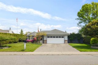 Photo 1: 3328 196A Street in Langley: Brookswood Langley House for sale : MLS®# R2579516