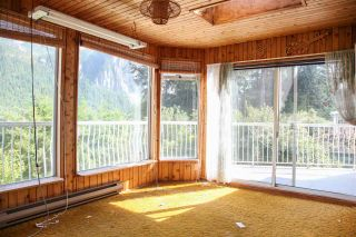 Photo 4: 38290 NORTHRIDGE Drive in Squamish: Hospital Hill House for sale : MLS®# R2285025