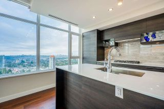 """Photo 7: PH3004 570 EMERSON Street in Coquitlam: Coquitlam West Condo for sale in """"UPTOWN 2"""" : MLS®# R2575074"""