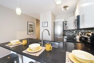 """Photo 6: 304 620 BLACKFORD Street in New Westminster: Uptown NW Condo for sale in """"DEERWOOD COURT"""" : MLS®# R2246699"""