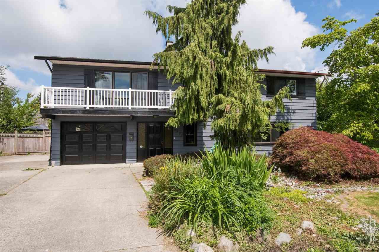 Main Photo: 5275 DIXON Place in Delta: Hawthorne House for sale (Ladner)  : MLS®# R2591080