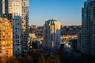 "Photo 19: 1403 1003 PACIFIC Street in Vancouver: West End VW Condo for sale in ""SEASTAR"" (Vancouver West)  : MLS®# R2566718"
