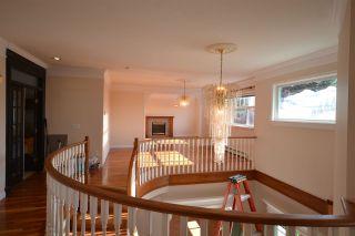 Photo 3: 20123 PATTERSON Avenue in Maple Ridge: Southwest Maple Ridge House for sale : MLS®# R2414530