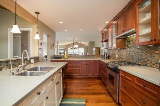 Photo 9: 2317 MARINE Drive in West Vancouver: Dundarave 1/2 Duplex for sale : MLS®# R2504990