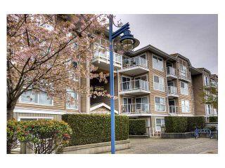 """Photo 1: 344 5880 DOVER Crescent in Richmond: Riverdale RI Condo for sale in """"WATERSIDE"""" : MLS®# V819804"""