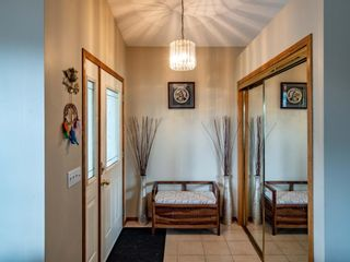 Photo 10: 29 Somerset Gate SW in Calgary: Somerset Detached for sale : MLS®# A1123677