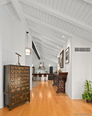 Photo 6: POINT LOMA House for sale : 4 bedrooms : 420 Silvergate Ave in San Diego