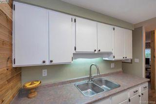 Photo 6: 415 Atkins Ave in VICTORIA: La Atkins Half Duplex for sale (Langford)  : MLS®# 822113