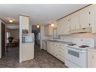 """Photo 7: 46 15875 20 Avenue in Surrey: King George Corridor Manufactured Home for sale in """"SEA RIDGE BAYS"""" (South Surrey White Rock)  : MLS®# R2192542"""