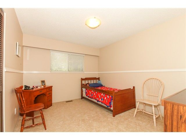 Photo 14: Photos: 5279 PATON DR in Ladner: Hawthorne House for sale : MLS®# V1123683