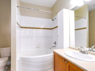 "Photo 9: 413 2280 WESBROOK Mall in Vancouver: University VW Condo for sale in ""KEATS HALL"" (Vancouver West)  : MLS®# R2173808"