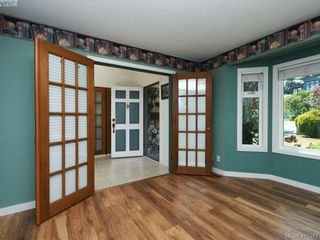 Photo 11: 8629 Bourne Terr in NORTH SAANICH: NS Dean Park House for sale (North Saanich)  : MLS®# 823945