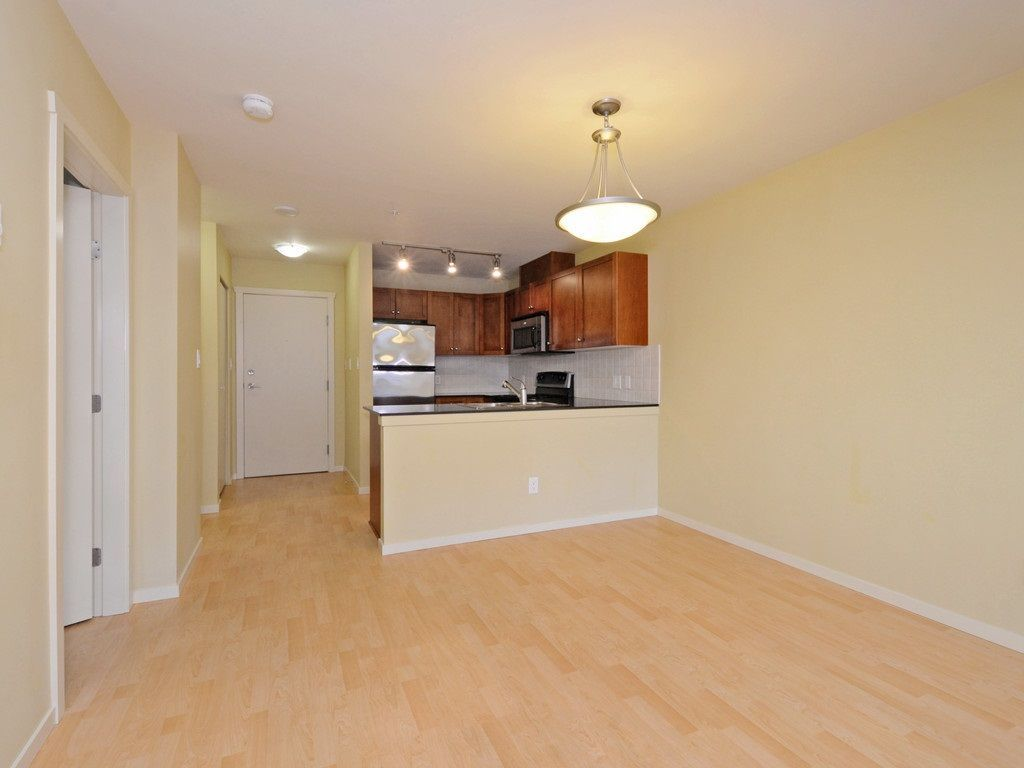 Photo 6: Photos: 213 315 KNOX Street in New Westminster: Sapperton Condo for sale : MLS®# R2232831