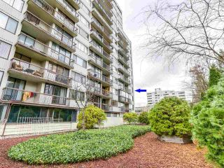 "Main Photo: 404 620 SEVENTH Avenue in New Westminster: Uptown NW Condo for sale in ""CHARTER HOUSE"" : MLS® # R2223733"