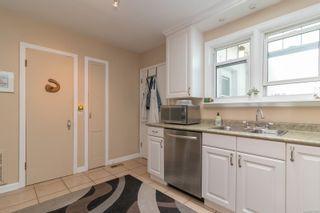 Photo 9: 422 Lampson St in : Es Saxe Point Half Duplex for sale (Esquimalt)  : MLS®# 877786