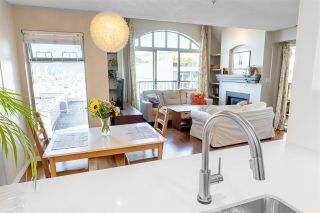 """Photo 14: 306 55 E 10TH Avenue in Vancouver: Mount Pleasant VE Condo for sale in """"Abbey Lane"""" (Vancouver East)  : MLS®# R2491184"""