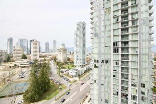 """Photo 10: 1705 4900 LENNOX Lane in Burnaby: Metrotown Condo for sale in """"THE PARK"""" (Burnaby South)  : MLS®# R2352671"""