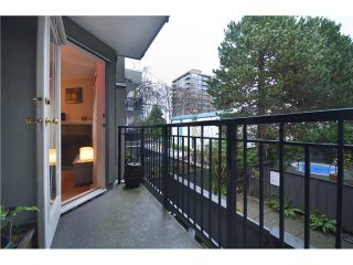 Photo 8: 219 555 W 14TH Avenue in Vancouver: Fairview VW Condo for sale (Vancouver West)  : MLS®# V991643