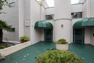 """Photo 4: 303 5550 14B Avenue in Delta: Cliff Drive Condo for sale in """"HIGHLAND TERRACE"""" (Tsawwassen)  : MLS®# R2617529"""