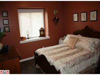 """Photo 8: 2108 ESSEX Drive in Abbotsford: Abbotsford East House for sale in """"Everett Estates"""" : MLS®# F1127461"""