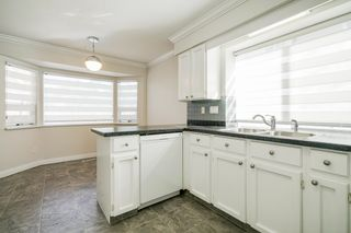 """Photo 8: 972 161A Street in Surrey: King George Corridor House for sale in """"EAST SUNNYSIDE TO HWY 99"""" (South Surrey White Rock)  : MLS®# R2615544"""