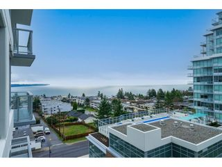 "Photo 1: 810 1441 JOHNSTON Road: White Rock Condo for sale in ""Miramar Village"" (South Surrey White Rock)  : MLS®# R2528014"